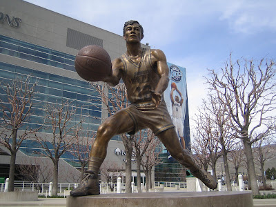 statue of John Stockton in front of EnergySolutions Arena