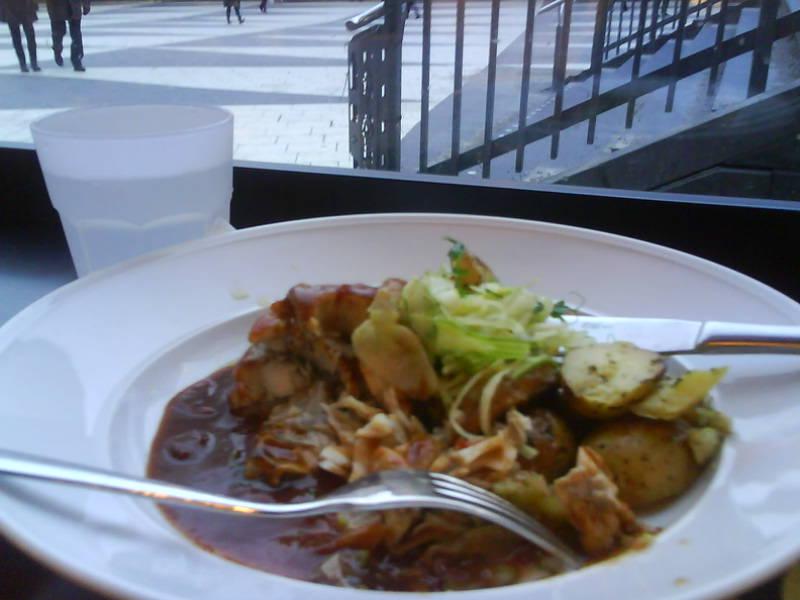 lunch porrstjärna busty i Stockholm