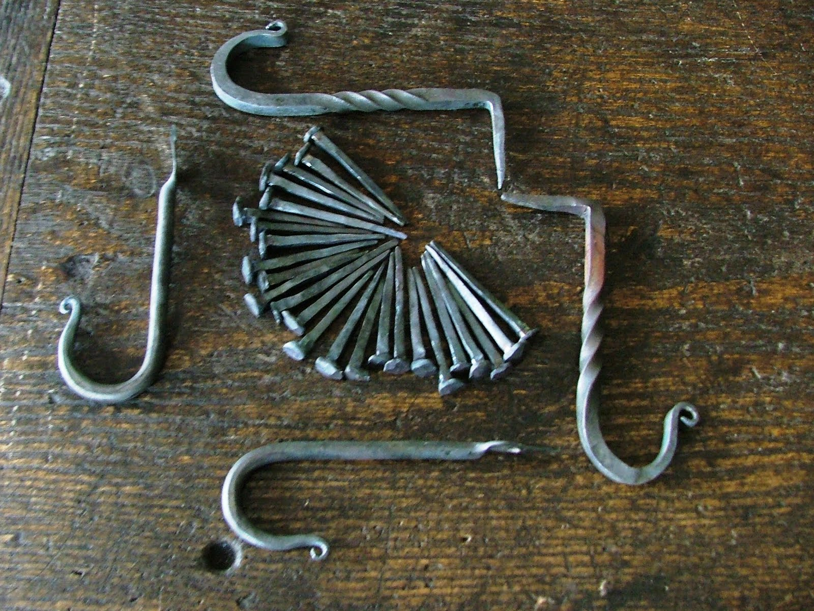 how to make gold with blacksmithing