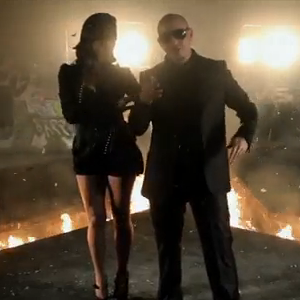 Pitbull - Can't Stop Me Now - Video y Letra - Lyrics