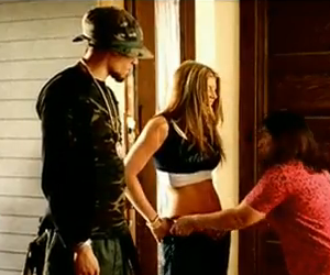 Black Eyed Peas - Bebot - Video y Letra - Lyrics