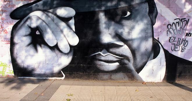 Grafiti en Hierros Alfonso (ZGZ)