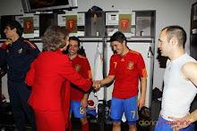 El Guaje 7, Xavi 8, Iniesta y la Reina Sofia