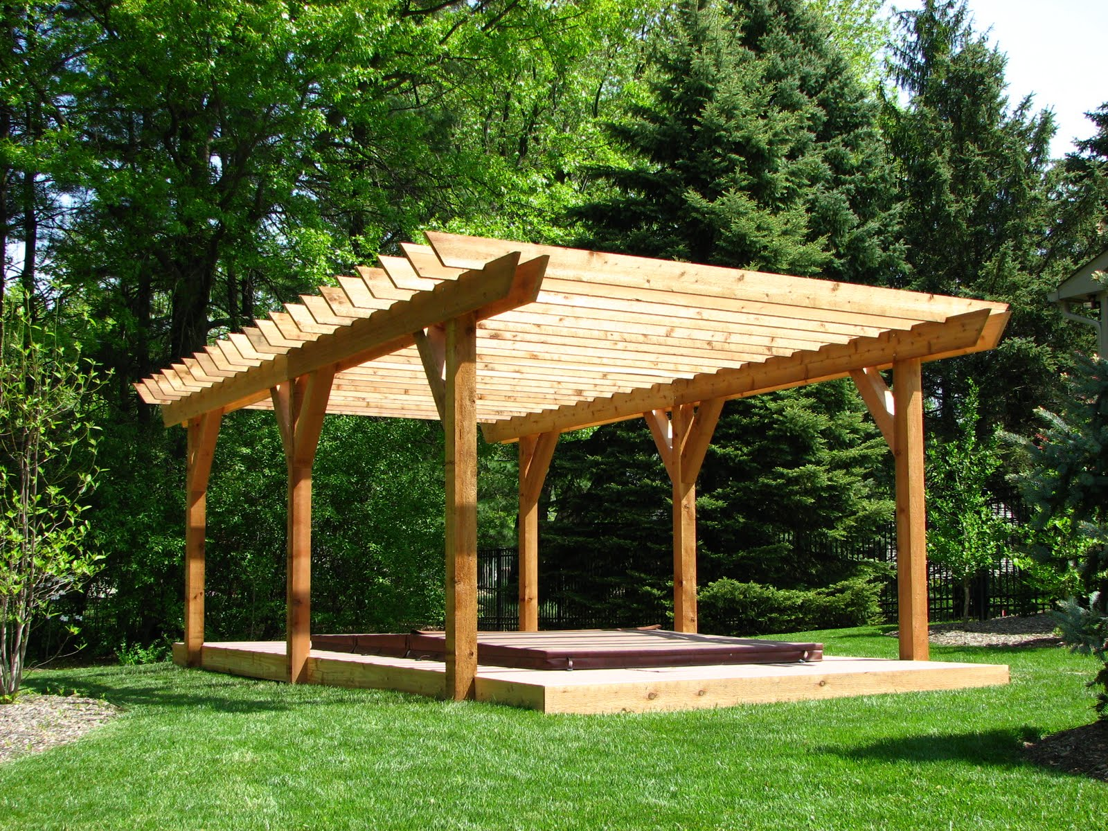 Mlc construction news pergolas for Simple pergola ideas