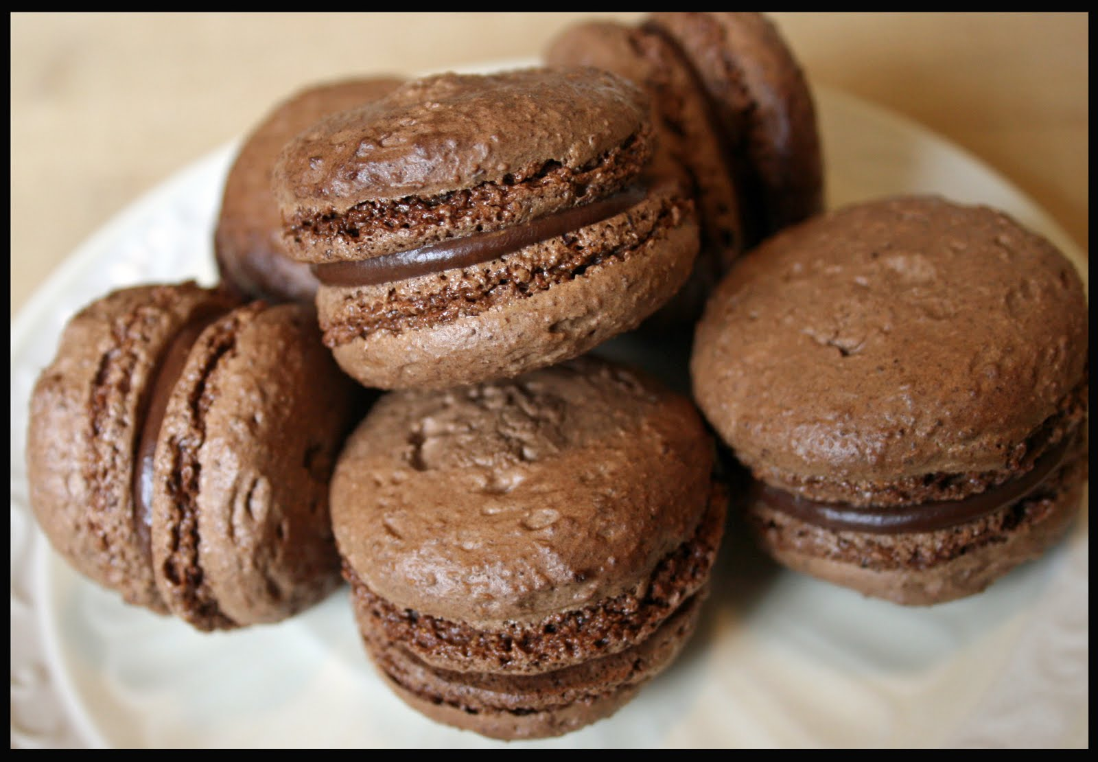 how to make chocolate french macarons