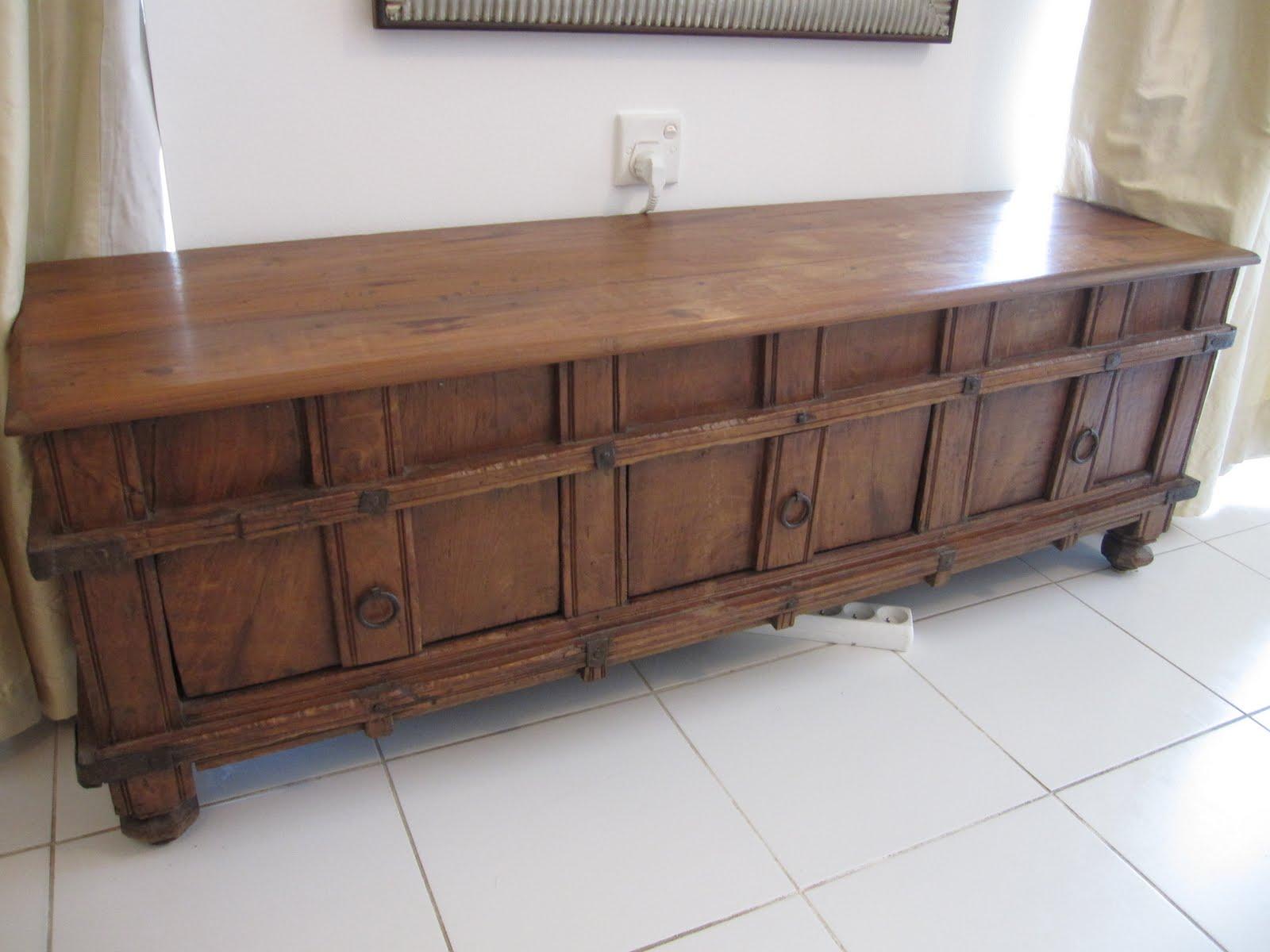 Umm Suqueim Furniture Sale Make Up Table