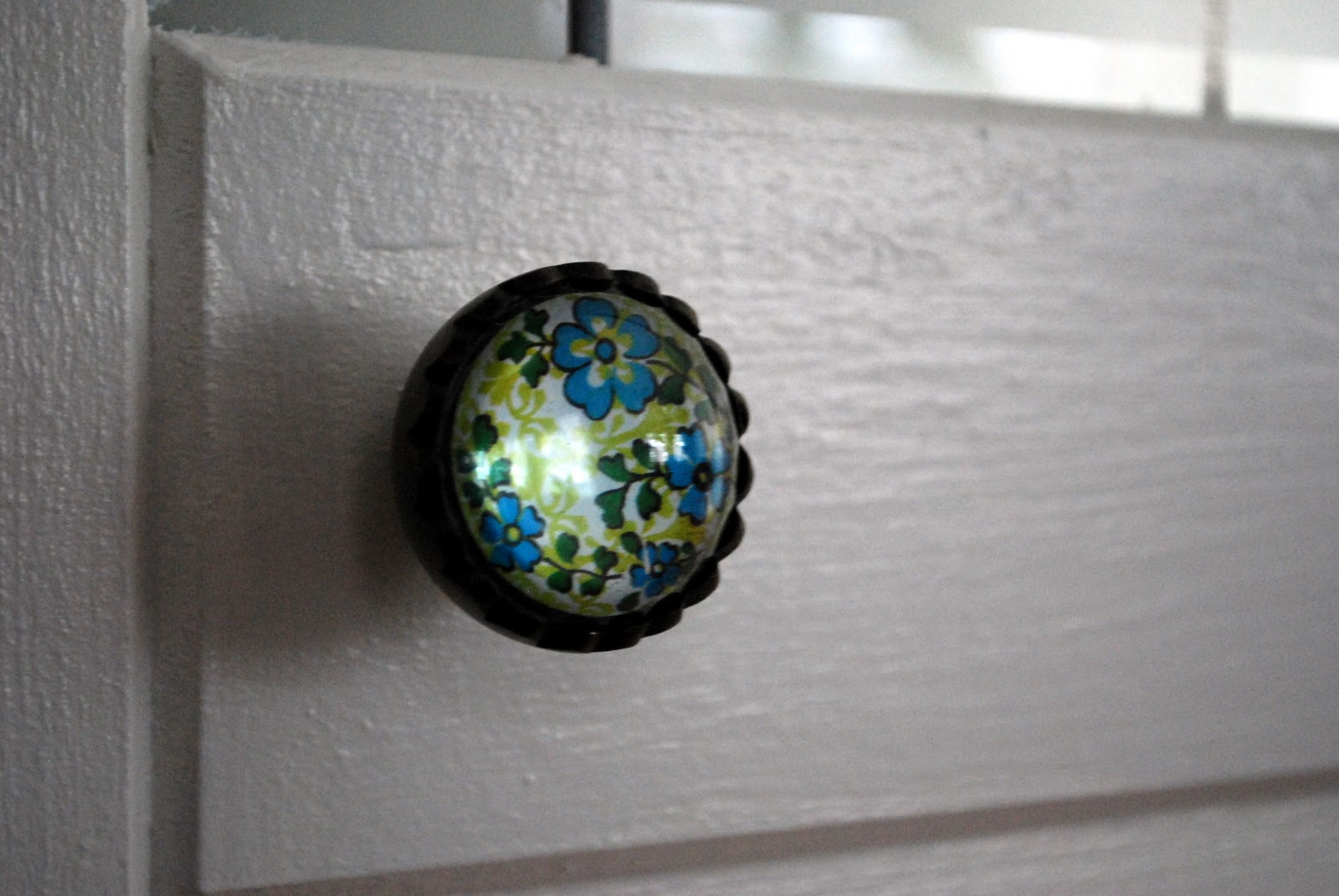 Glass Globe Door Knob in the little yellow house: sun room door knobs