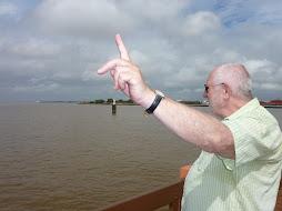 MANFRED E O RIO AMAZONAS