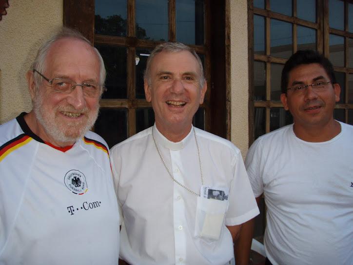 D.Conti Bispo do Amapá, é recebido no Laguinho