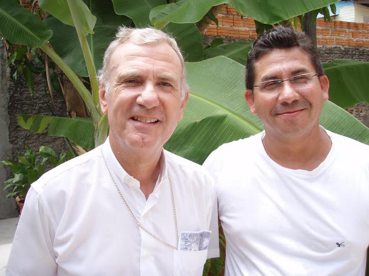 CAMILO precisa ter um OLHAR diferenciado para D.Pedro Conti, Bispo de Macapá com Padre Daniel
