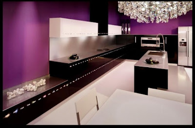 Кухнята Luxury-kitchen-decorated-by-swarovski-crystals-4-554x364