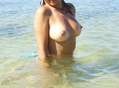 Loira Gostosa Seios Lindo Fazendo Suruba