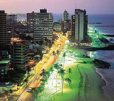 Fortaleza, minha metrópole de luz - Por Bérgson Frota / Fortaleza