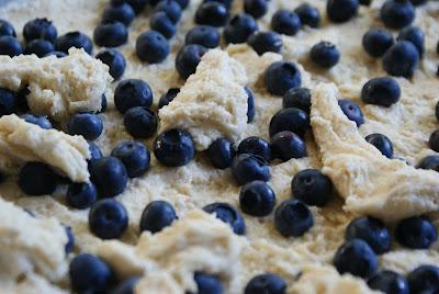 Blueberry+bars+2 Blueberry Cobbler Cookie Bars