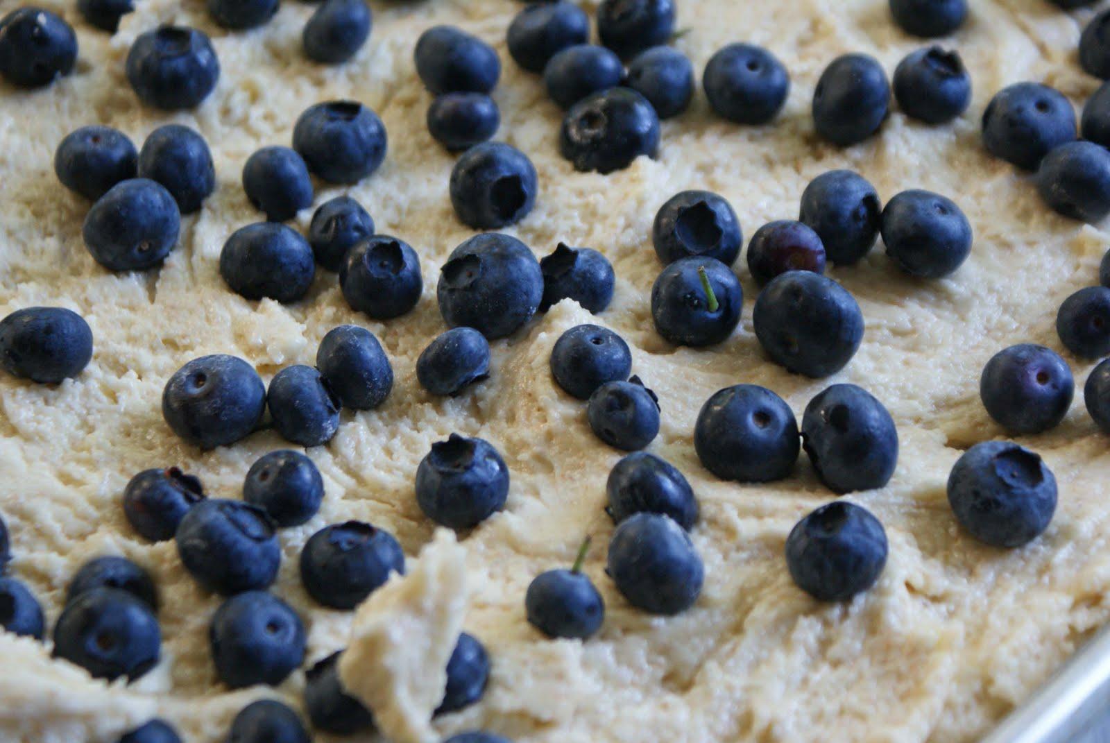 Blueberry Cobbler Cookie Bars - Dinner With Julie