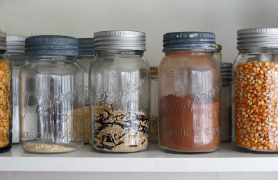 Jars%2Bon%2Bshelf Homemade Hot Cocoa Mix