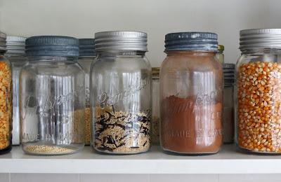 Jars%2Bon%2Bshelf Homemade Hot Cocoa Mix