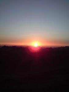 Pemandangan Matahari Terbit Di Puncak Gunung Sinai