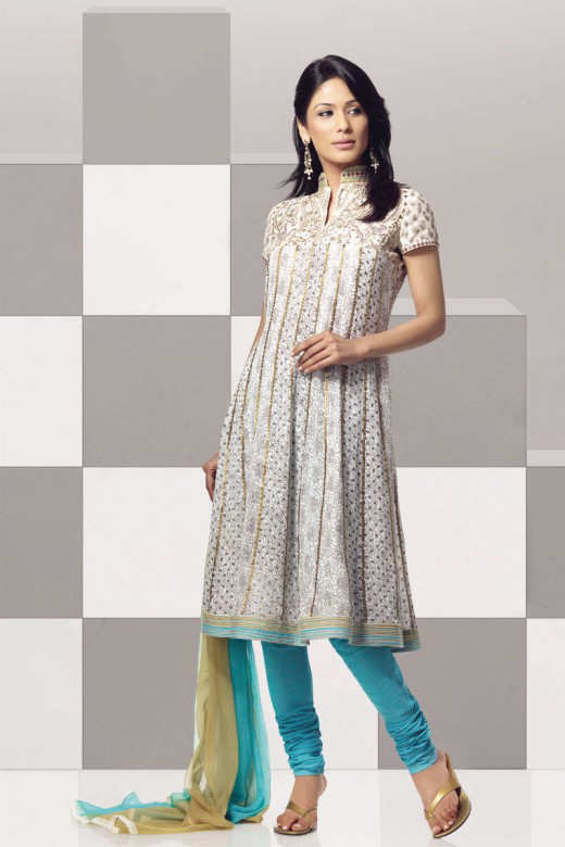 Long+Kameez+With+Trouser+For+2011+%25289%2529 New Fashion Trend