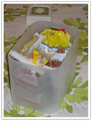 Muji-låda fylld med påsar