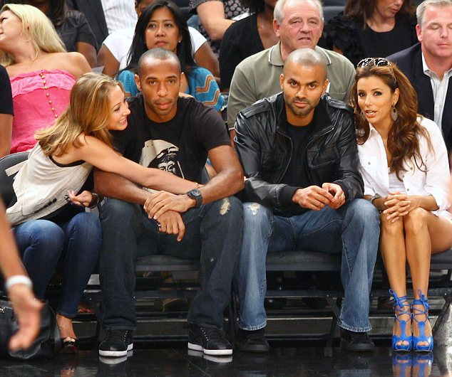 Articles De Bulge Football Taggés Thierry Henry: Thierry Henry & Andrea Rajacic: Courtside Couple
