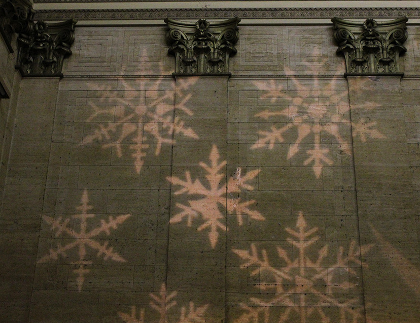 projected snowflakes, Union Station, Christmas, 2010
