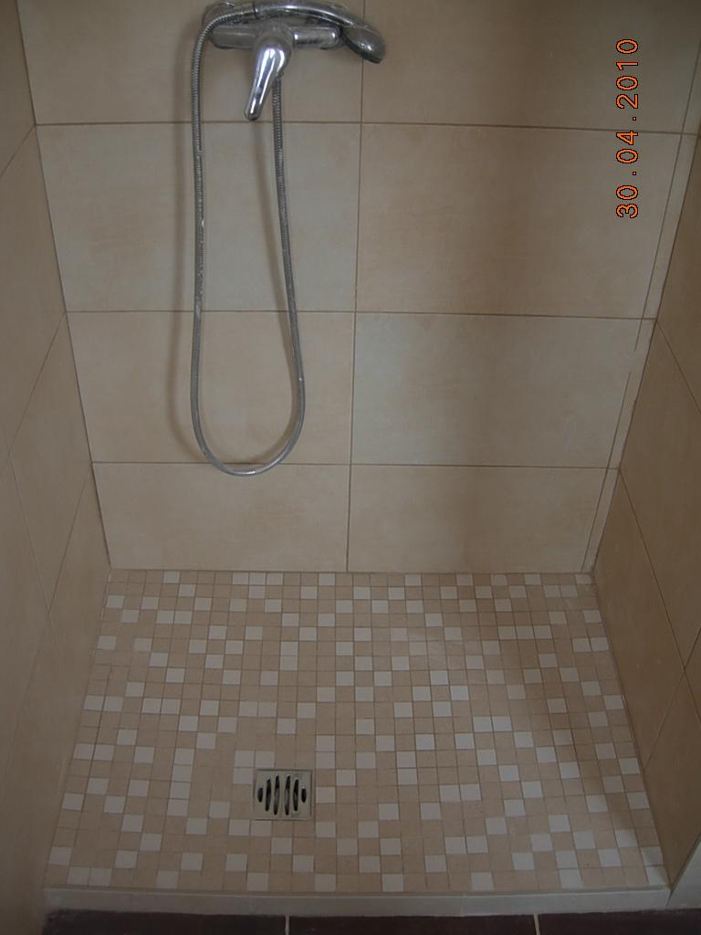 General servicios reformastarragona plato de ducha de obra - Azulejos ducha ...