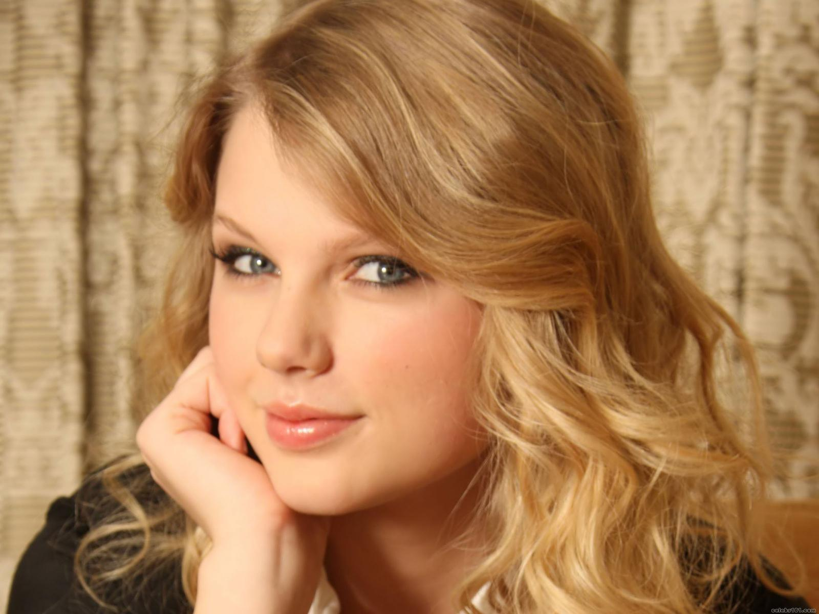 Taylor Swift seems to be the only thing that can comfort me.
