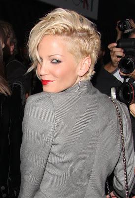 http://4.bp.blogspot.com/_OweMKgVBq08/Sw6df4do6CI/AAAAAAAAAtw/GQGrzaXY-6Y/s800/Best-Short-Hair-Styles-Pictures-2010.jpg