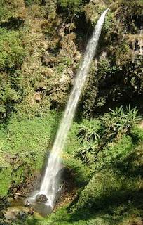 Air Terjun Tertinggi Dan Paling Indah Di Indonesia - http://munsypedia.blogspot.com/