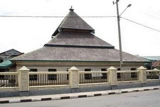 Bahan Lantai on Madjid Tua Palopo Didirikan Oleh Raja Luwu Bernama Sultan Abdullah