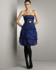 FaShIoN !!   - Page 2 BG_Valentino+Blue+Dress