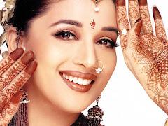 Madhuri Dixit, actriz y bailarina