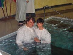 Deus me deu a benção de batizar o meu filho.