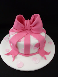 Birthday bow cake workshop