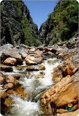 *  Cachoeiras  *