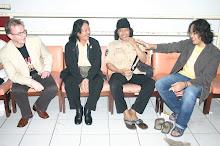 Ian Betts, Franky Welirang, Emha and his son, Sabrang