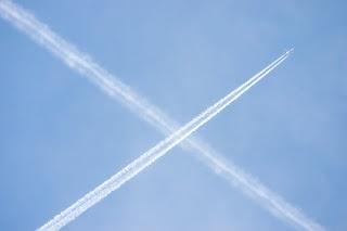 Contrails behind aeroplanes