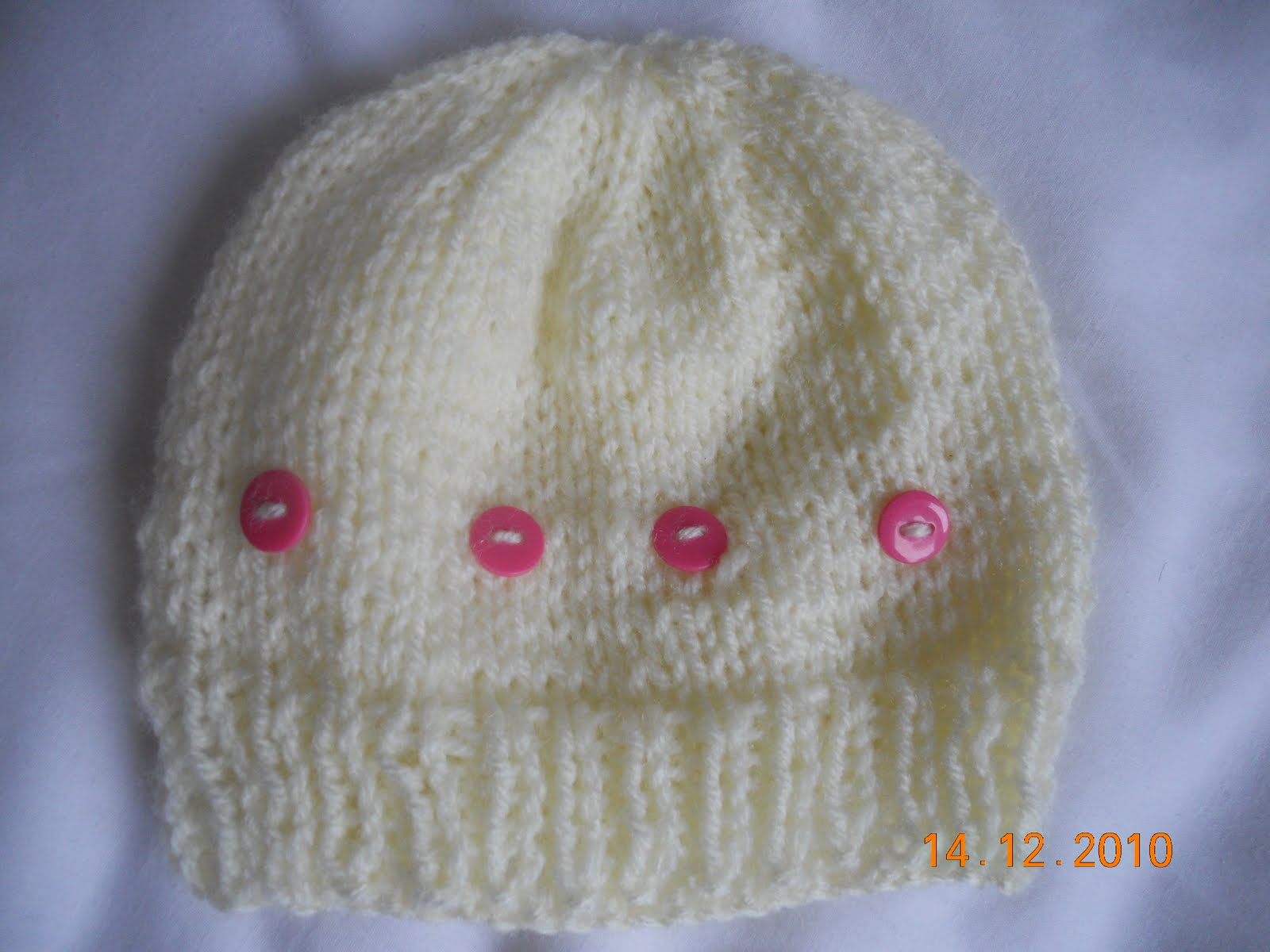 Knitted Daisy Flower Pattern : Simple, Easy Knitting Baby Hat for Beginners ~ Sheetals Nook