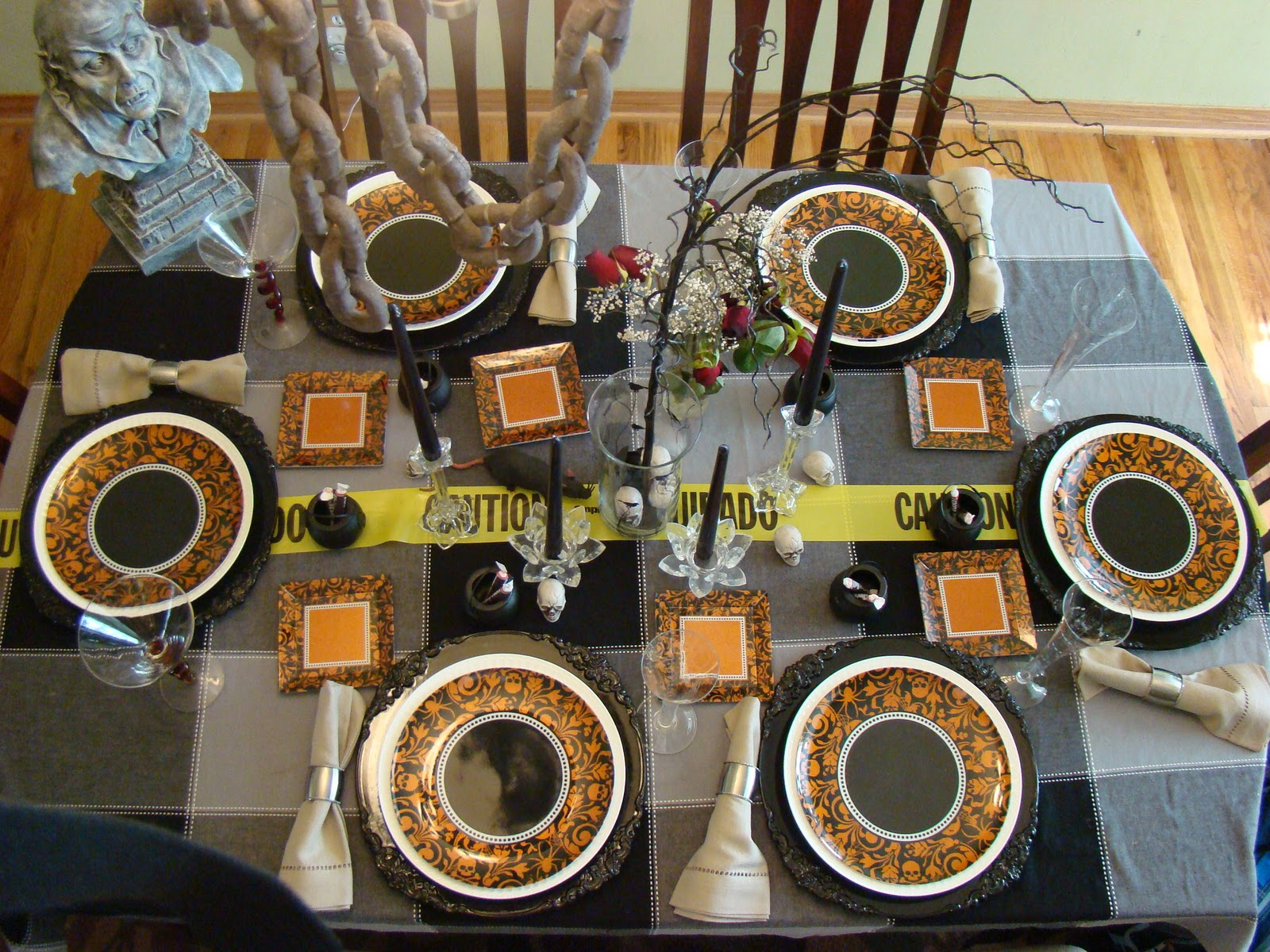 Halloween tablescapes - Halloween Tablescape