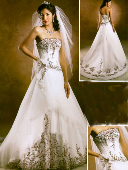 02 Bridals Gown 2010. Posted by Sihinjiko at 2:19 AM