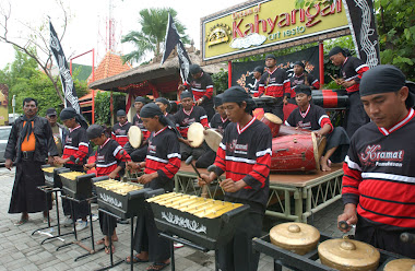 KRAMAT MADURA PERCUSSION ENSAMBLE