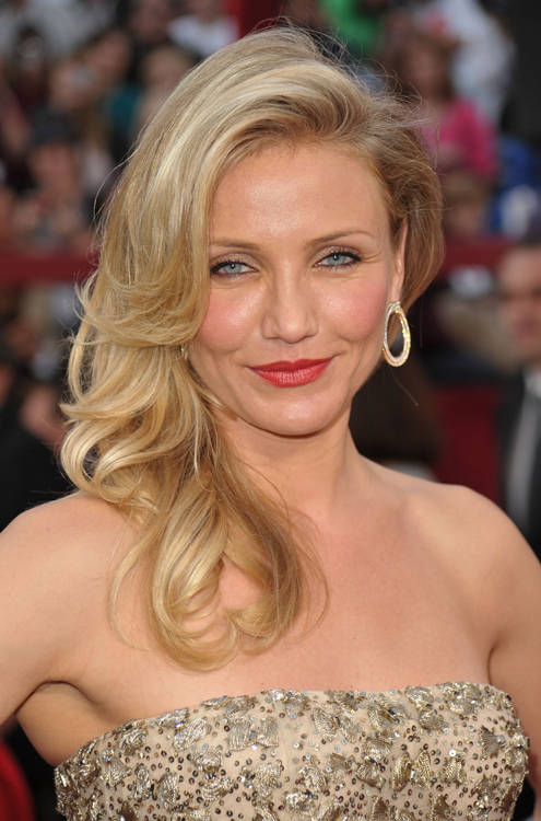cameron diaz the mask red dress. cameron diaz mask red dress