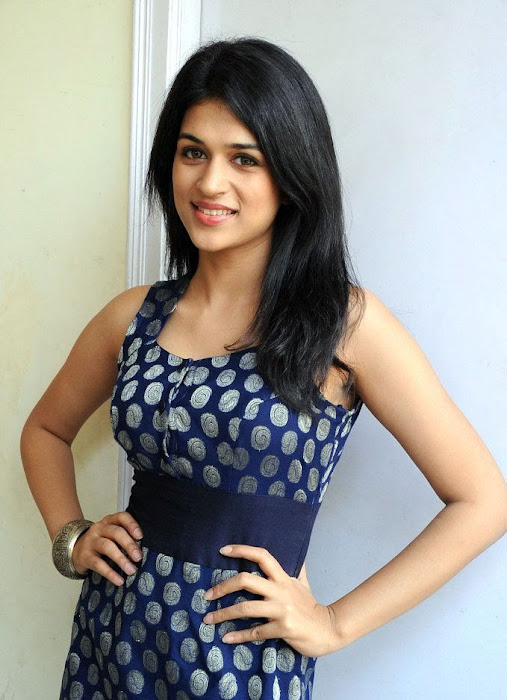 shradha das latest photos