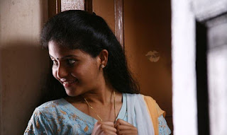 Anjali in Thoonganagaram hot photos