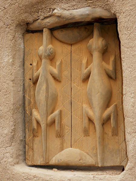 Dogon Window Shutter