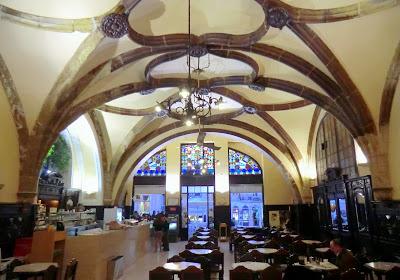 O café restaurante Santa Cruz em Coimbra Caf%25C3%25A9S.Cruz71