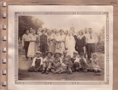 Stone Family Group includes children of Woodson Johnson Stone and Martha Criss Ann Pritchard Stone