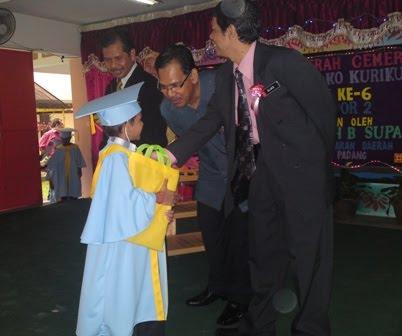 En Adnan Beramah Mesra Bersama Murid Pra Sekolah