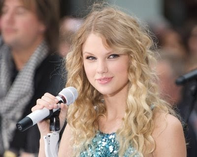 how to make taylor swift curls. Try to get the curling iron as